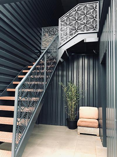 garde corps motif floral, escalier quart tournant, Sublimétal ferronnier et métallier Toulouse